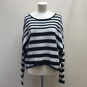 Design History striped long sleeve sweater size M